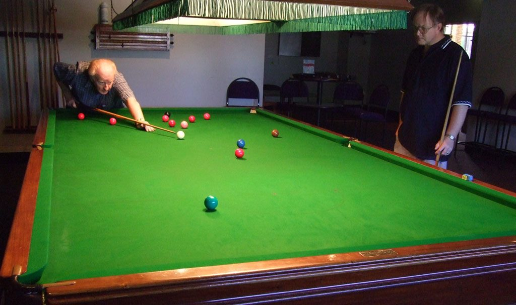play-snooker-mulgrave-country-club
