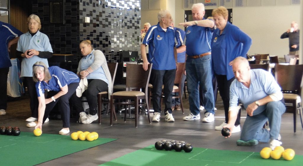 Play Indoor Bowls at Mulgrave Country Club
